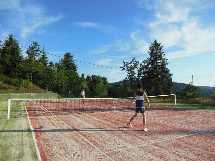 Location de vacances - Chalet à Le Tholy - Le tennis