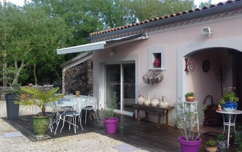 Location de vacances - Villa à Labeaume - terrasse