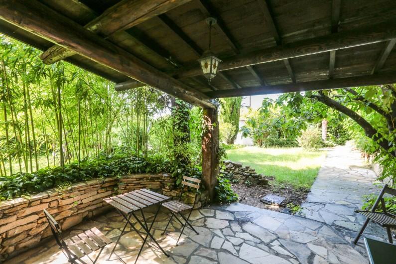 Location de vacances - Villa à Forcalquier - Terrasse de la maisonnette