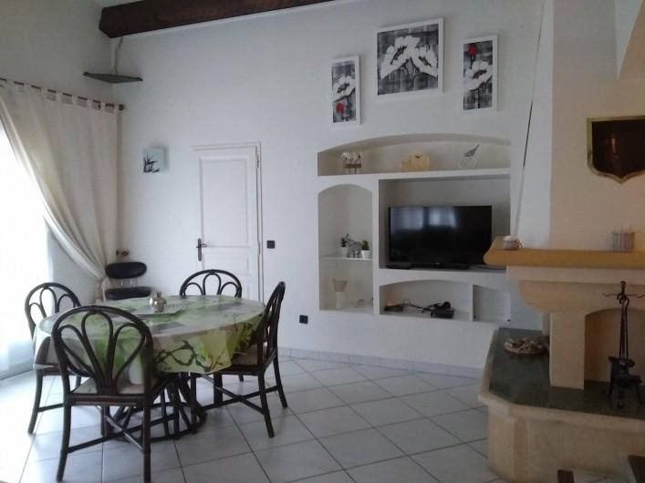 Location de vacances - Villa à Solliès-Toucas - LE SALON/SÉJOUR.