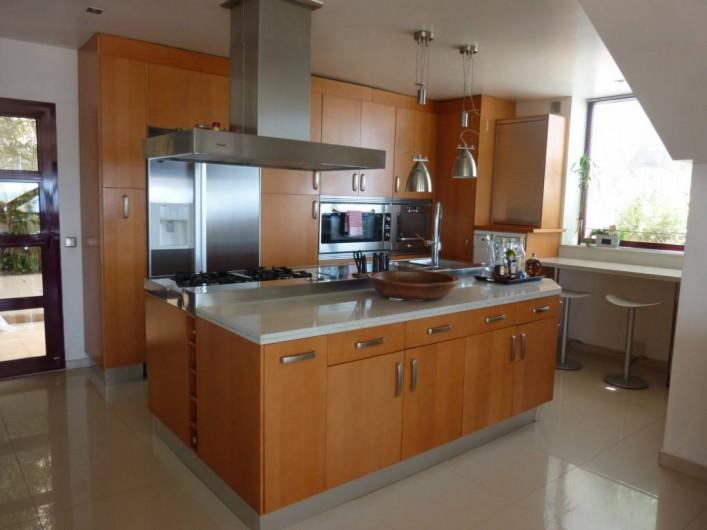 Location de vacances - Villa à Altea - cuisine américaine avec vue sur mer