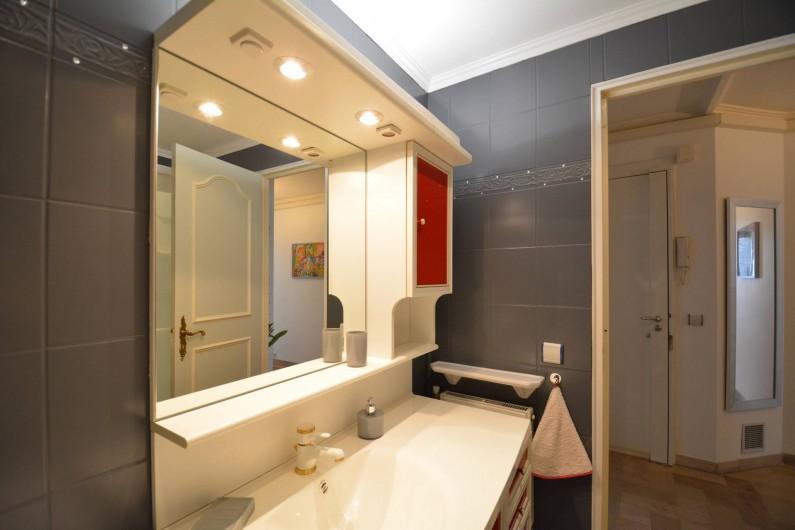 Location de vacances - Appartement à Cannes - Salle d'eau, Douche 110 x 80