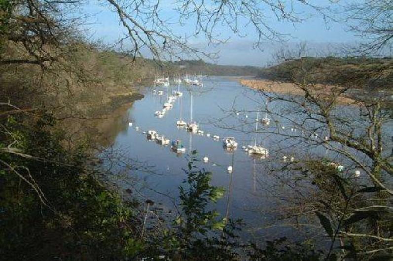 Location de vacances - Gîte à Clohars-Carnoët - Randonnée pédestre au bord de la rivière LAITA