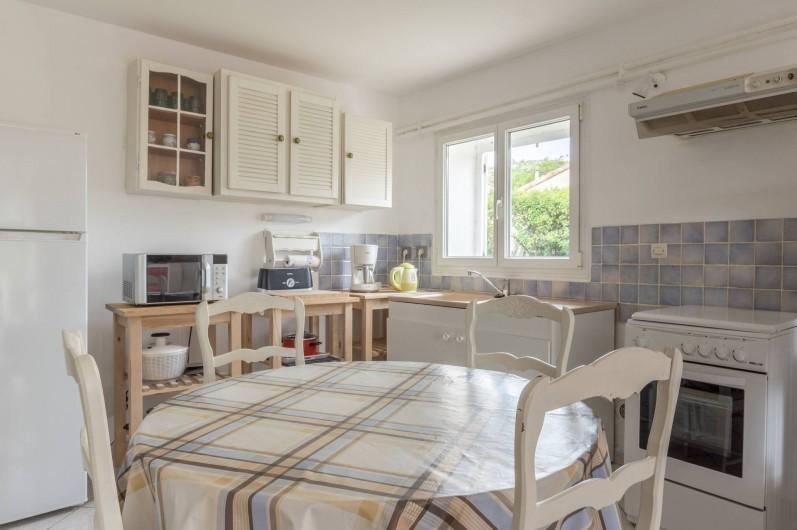 Location de vacances - Appartement à Saint-Jean-de-Fos - la cuisine