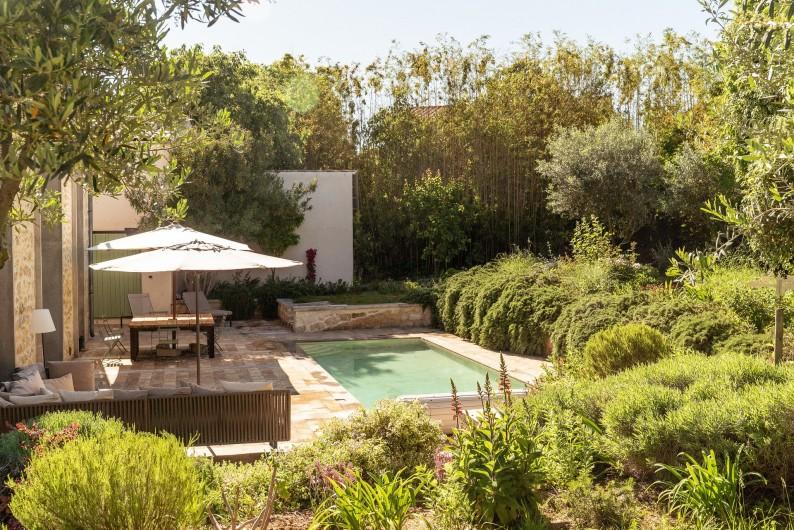 Location de vacances - Mas à Montpellier - Jardin et piscine