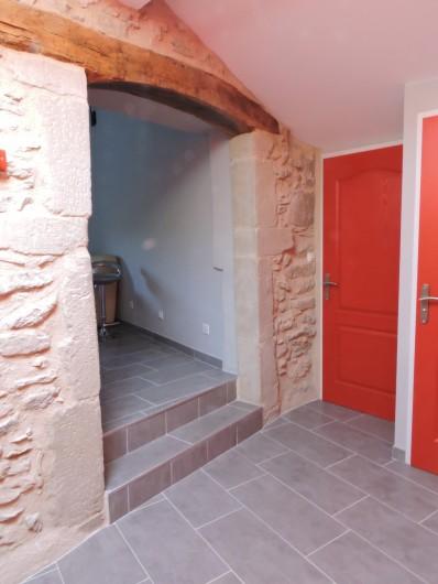 Location de vacances - Appartement à Divajeu - couloir