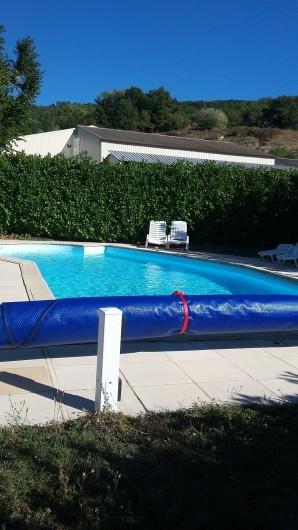 Location de vacances - Appartement à Divajeu - la piscine