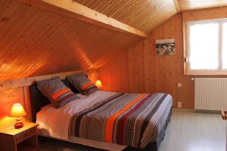 Location de vacances - Gîte à Les Fins - chambre 1 avec 1 lit 180/200 ou 2 lits 90/200
