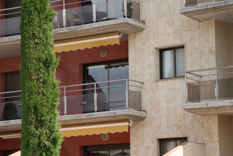 Location de vacances - Appartement à Empuriabrava - Vue extérieure Balcon