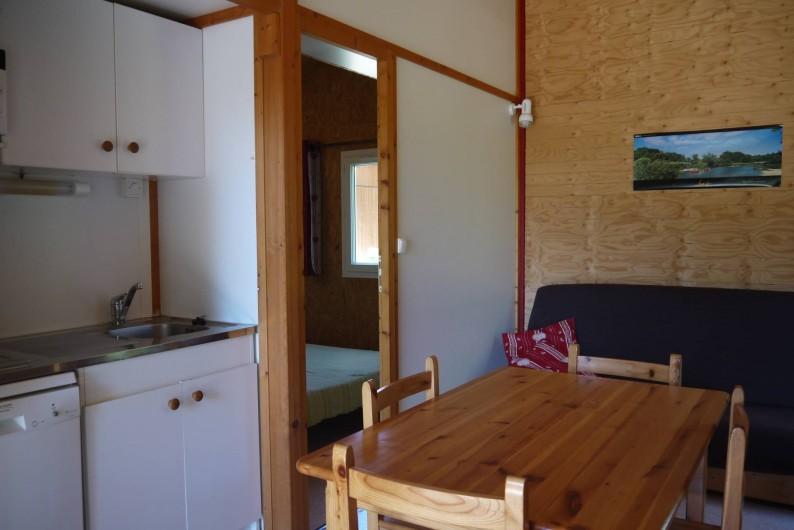Location de vacances - Chalet à Foncine-le-Haut - Espace cuisine et repas