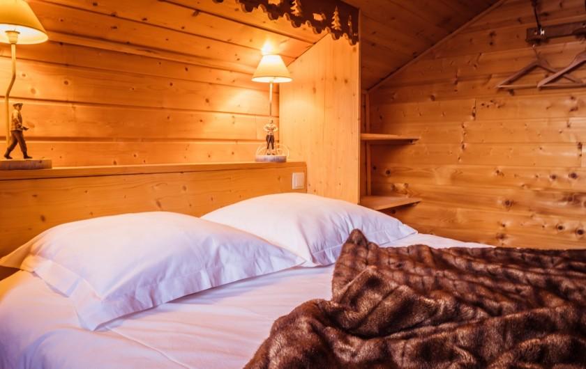 Location de vacances - Chalet à La Joue du Loup - CHAMBRE 1 LIT 140/190