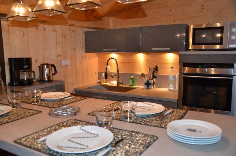 Location de vacances - Studio à L'Alpe d'Huez - vaisselle Angel des Montagnes