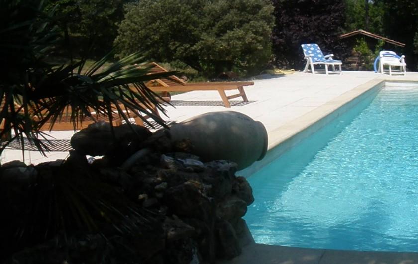 Location de vacances - Villa à Jouques - Piscine jour vue du pool