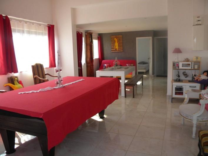 Location de vacances - Chambre d'hôtes à Castelnau-de-Montmiral - le gîte 70 m2 accueil 4 pers 2 chambres