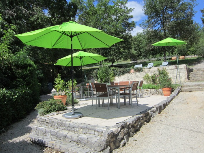 Location de vacances - Chambre d'hôtes à Saint-Sozy - Jardin
