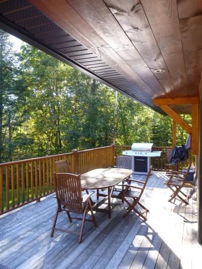 Location de vacances - Chalet à Val-David - Balcon aménagé