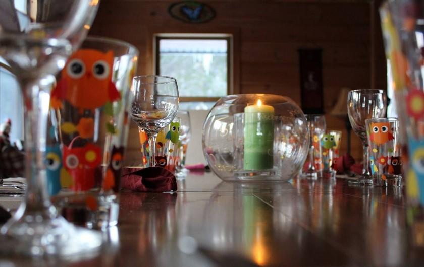 Location de vacances - Chalet à Val-David - Table salle à manger