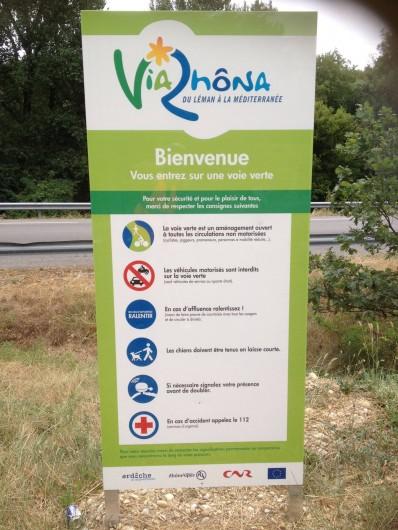 Location de vacances - Villa à Cruas - Via rhôna à 100m offre de magnifiques ballades en vélo en toute sécurité.