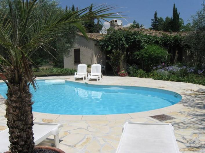 Location de vacances - Appartement à Gattières - Piscine