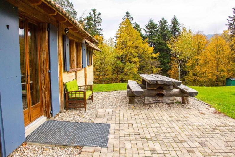 Location de vacances - Chalet à Sainte-Marie-aux-Mines - espace repas extérieur