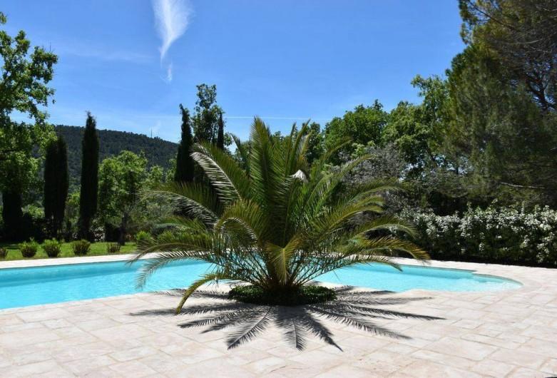 Location de vacances - Villa à Bargemon - Superbe villa provençale et magnifique piscine traitée au sel.