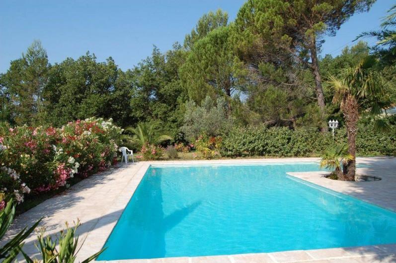 Location de vacances - Villa à Bargemon - Superbe villa provençale et magnifique piscine