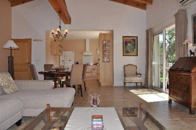 Location de vacances - Villa à Porto-Vecchio - Sejour et Cuisine