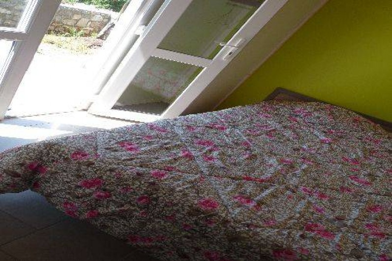 Location de vacances - Chalet à Saint-Alban-Auriolles - Suite parentale, chalet Sud Ardèche Rev'o Thijol