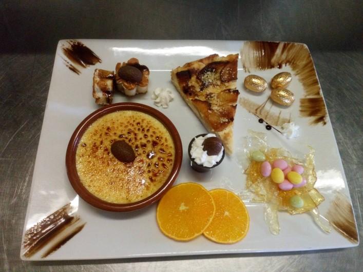 Location de vacances - Chambre d'hôtes à Saint-Étienne-du-Valdonnez - Assiette Gourmande à l'Auberge du Bramont à St Etienne du Valdonnez