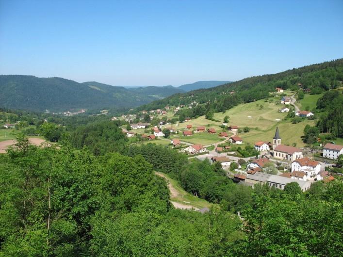 Location de vacances - Chalet à Basse-sur-le-Rupt - Village de Planois où se trouve le chalet est labellisé « station verte ».