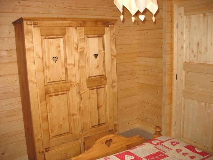 Location de vacances - Chalet à Basse-sur-le-Rupt - Mobilier chambre rez-de-chaussée