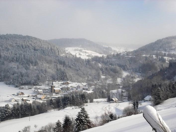 Location de vacances - Chalet à Basse-sur-le-Rupt - Village de Planois en hiver
