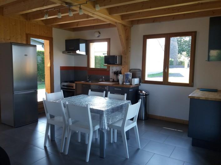 Location de vacances - Chalet à Chastreix - cuisine -séjour