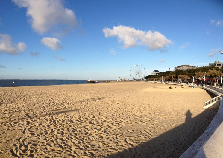 Location de vacances - Appartement à Arcachon - plage à 100m de l'appartement