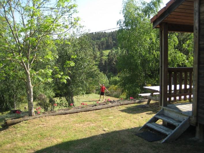 Location de vacances - Chalet à Le Malzieu-Ville - site surplombant la vallée de la Truyère.