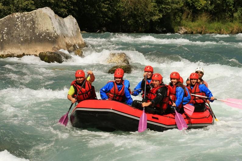 Location de vacances - Villa à Embrun - Rafting (et canoë-kayac, pêche) sur la Durance à 4Km de la maison.