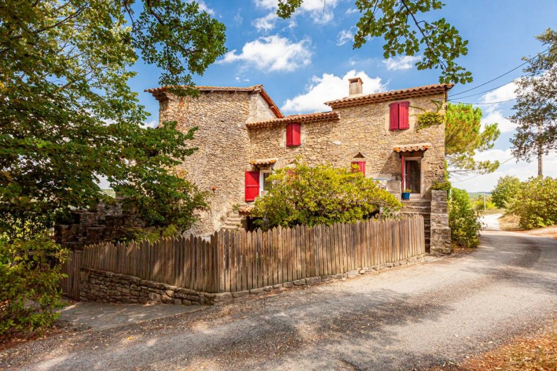 Location de vacances - Chambre d'hôtes à Saint-Césaire-de-Gauzignan