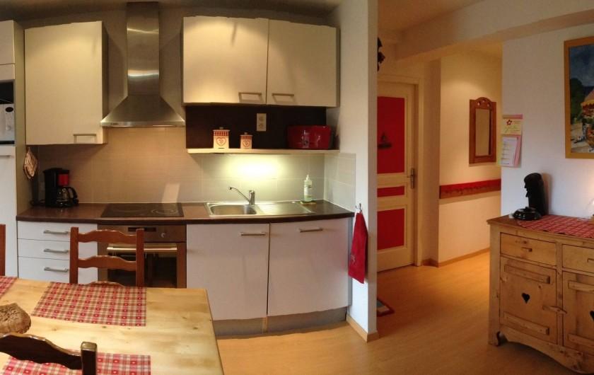 Location de vacances - Appartement à Gérardmer - Coin cuisine - lave-vaisselle