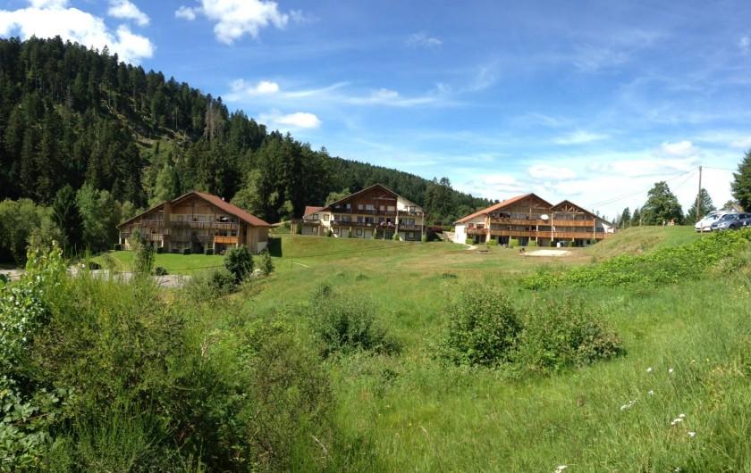 Location de vacances - Appartement à Gérardmer - Résidence Les Fermes du Lac en pleine nature face au lac de Gérardmer
