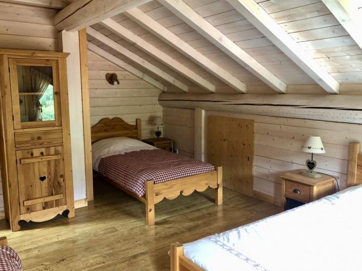 Location de vacances - Chalet à La Bresse - 2ème chambre étage
