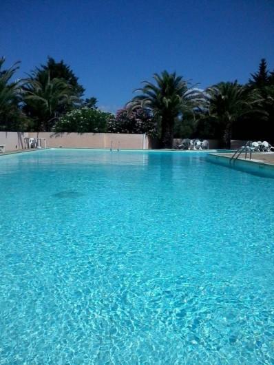 Location de vacances - Appartement à Le Boulou - Piscine