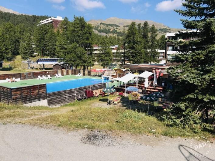 Location de vacances - Appartement à Les Claux - petit centre commercial à 150 m