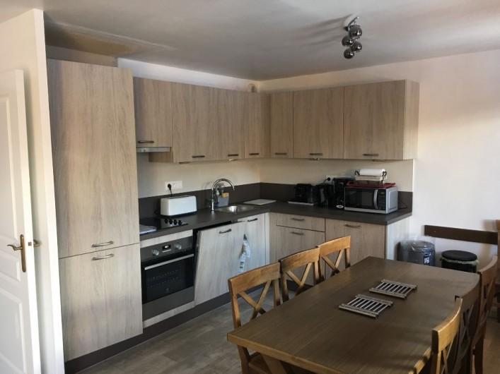 Location de vacances - Appartement à Les Claux - cuisine