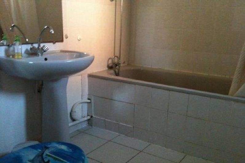 Location de vacances - Villa à Saint-Cyprien - La salle de bain