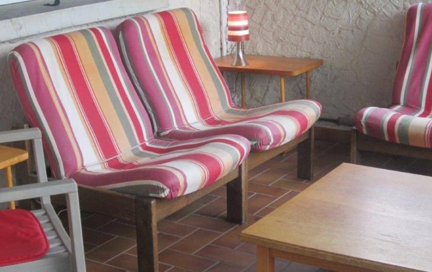 Location de vacances - Villa à Vallon-Pont-d'Arc - coin apéros + repos
