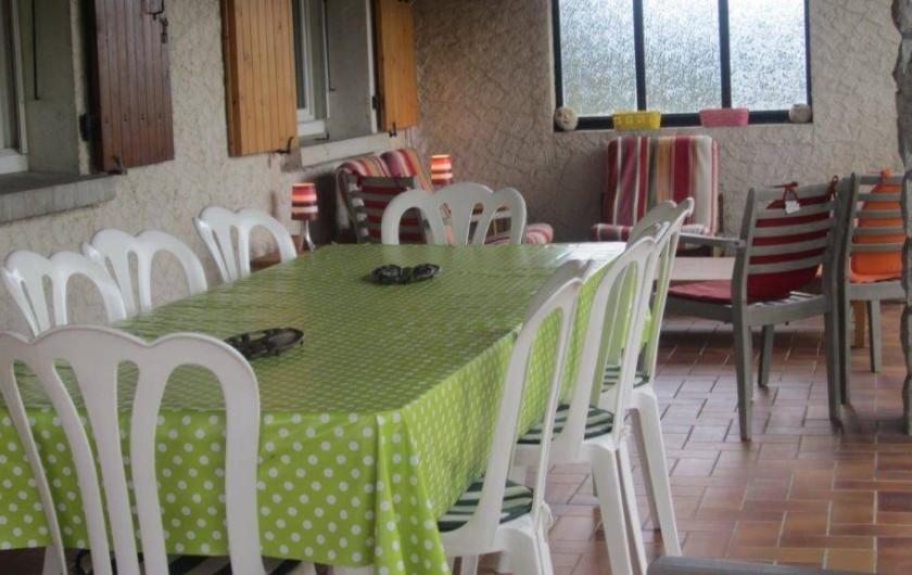 Location de vacances - Villa à Vallon-Pont-d'Arc - terrasse  couverte 35 M2