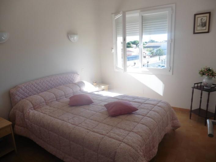 Location de vacances - Appartement à Le Grau d'Agde - chambre lit double