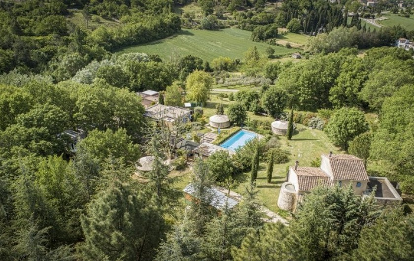 Location de vacances - Yourte à Barjac - 9 hébergements insolites et 2 gîtes disséminés dans 1 ha de terrain