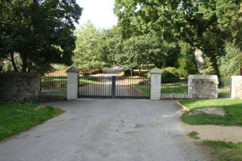 Location de vacances - Studio à Dinard - entrée de la résidence