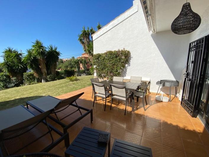 Location de vacances - Villa à Estepona - TERRASSE SUR JARDIN